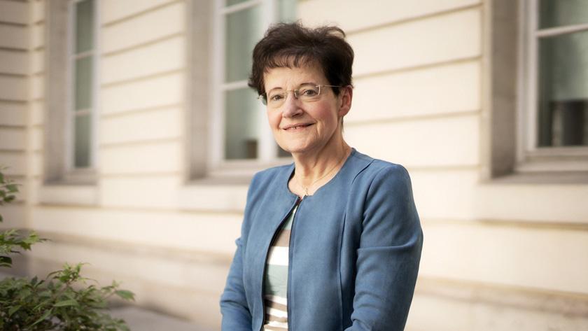 Françoise Combes : Médaille d'or du CNRS 2020